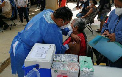 Aplicarán la segunda dosis de vacuna en la Sierra Mazateca este miércoles