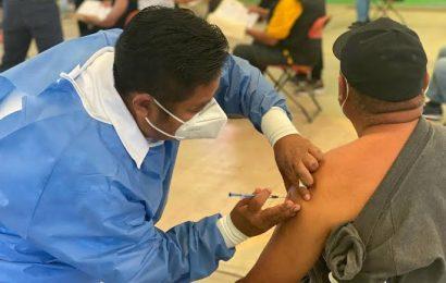 Continúa el proceso de vacunación en el estado de Oaxaca