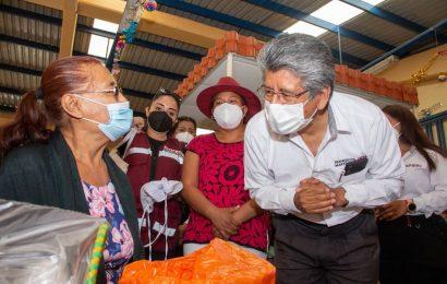 Recorre Francisco Martínez Neri, Mercado Cuarto Centenario de la capital
