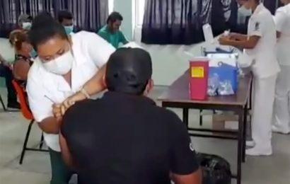 Inicia vacunación a personas de 40 a 49 años en SC