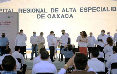 Da Alejandro Murat certeza jurídica a hospitales y Fiscalía en Oaxaca
