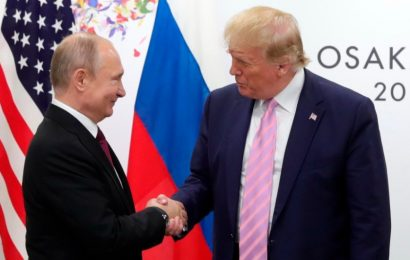 Documentos sugieren que Putin interfirió para llevar a Trump al poder