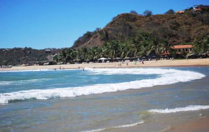 Turista muere ahogado en Tonameca, hay otro desaparecido
