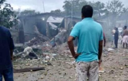 Explota polvorín en comunidad de la Costa; destruye viviendas