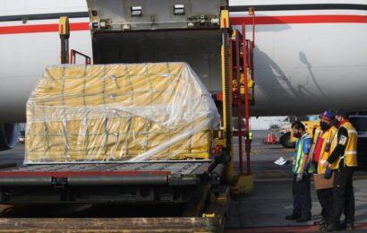 Llega a México segundo embarque con vacunas donadas por EU