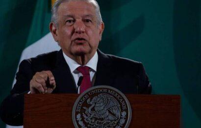 Descarta AMLO intervenir en denuncia contra Calderón ante la CPI