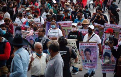 Reitera López Obrador transparencia sobre crímenes del pasado